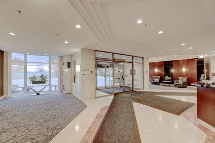 Foyer at 403 - 2511 Lakeshore Road West, Bronte West, Oakville