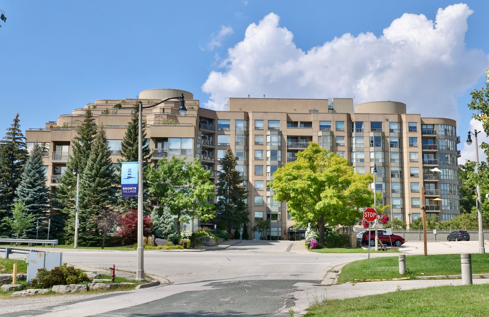 at 403 - 2511 Lakeshore Road West, Bronte West, Oakville