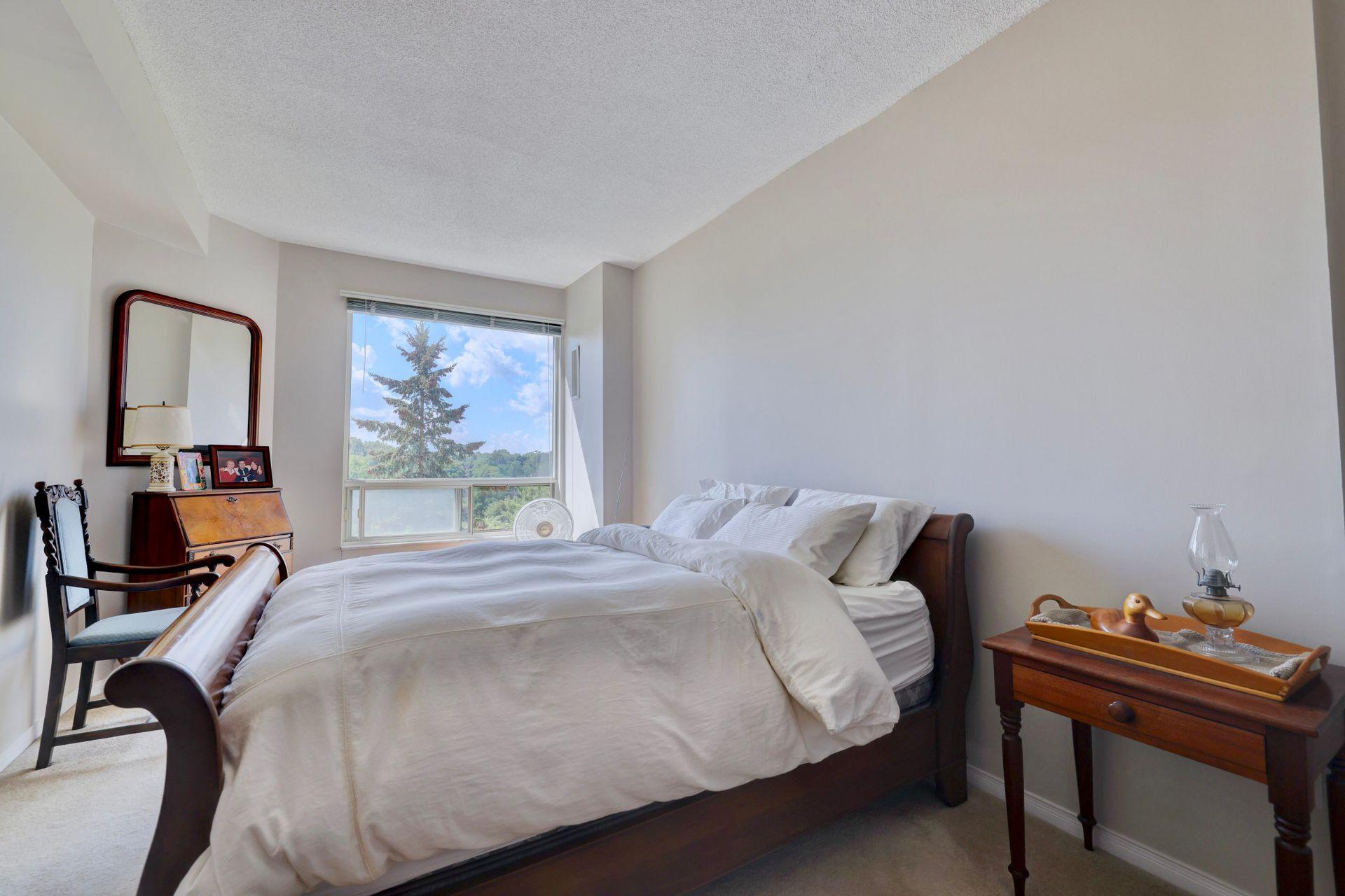 Bedroom at 403 - 2511 Lakeshore Road West, Bronte West, Oakville