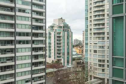 16.jpg at 1207 - 1288 W Georgia Street, West End VW, Vancouver West