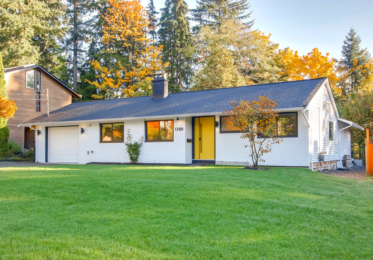 Address Upon Request, Westlynn, North Vancouver