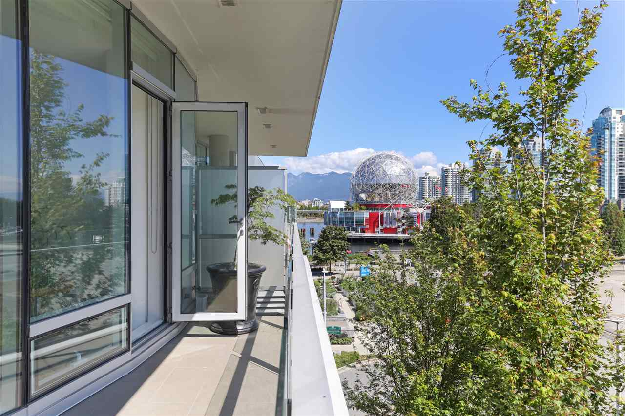 404 - 1633 Ontario Street, False Creek, Vancouver West