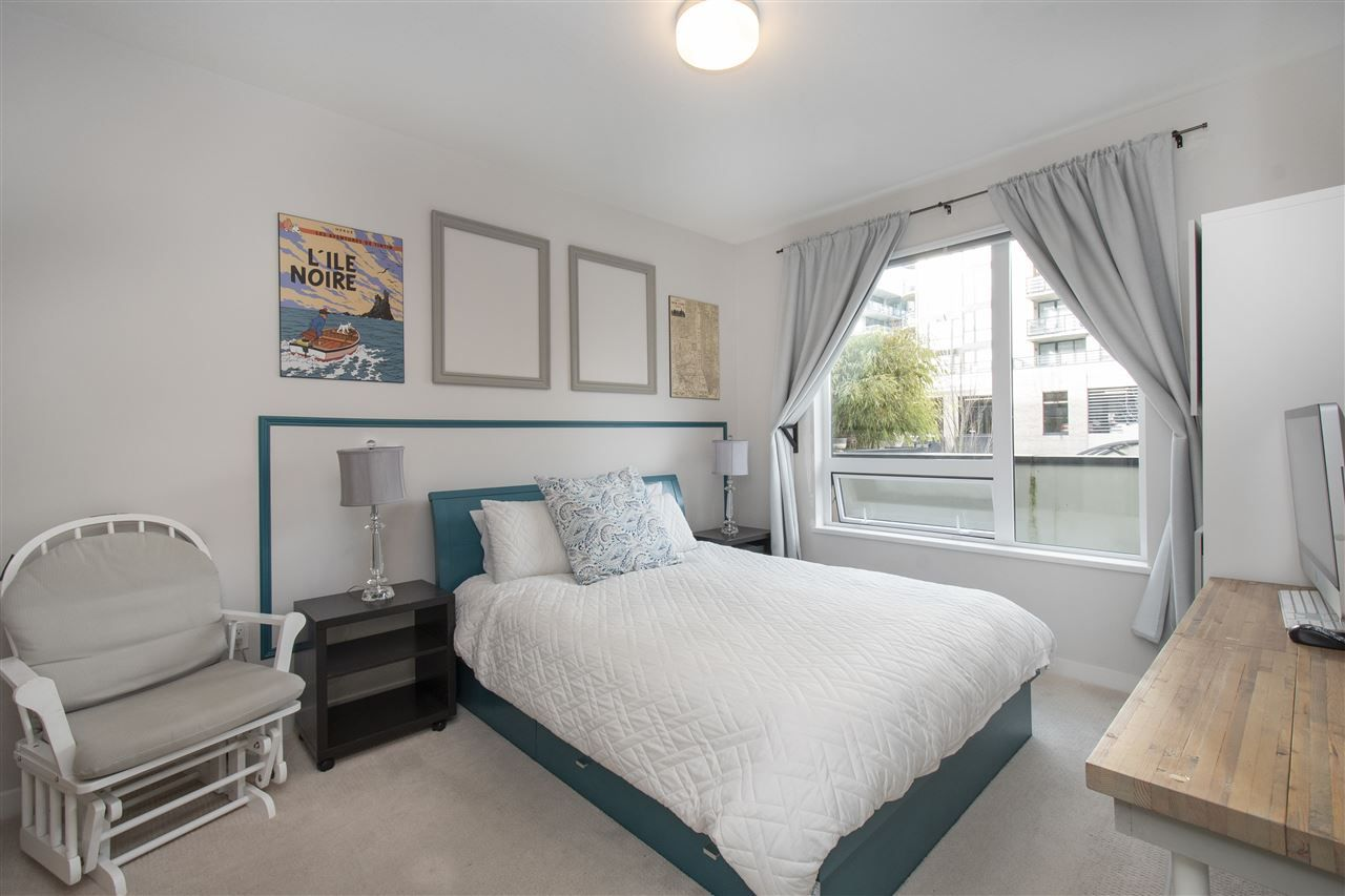 123=-1 at 201 - 123 W 1st, Lower Lonsdale, North Vancouver
