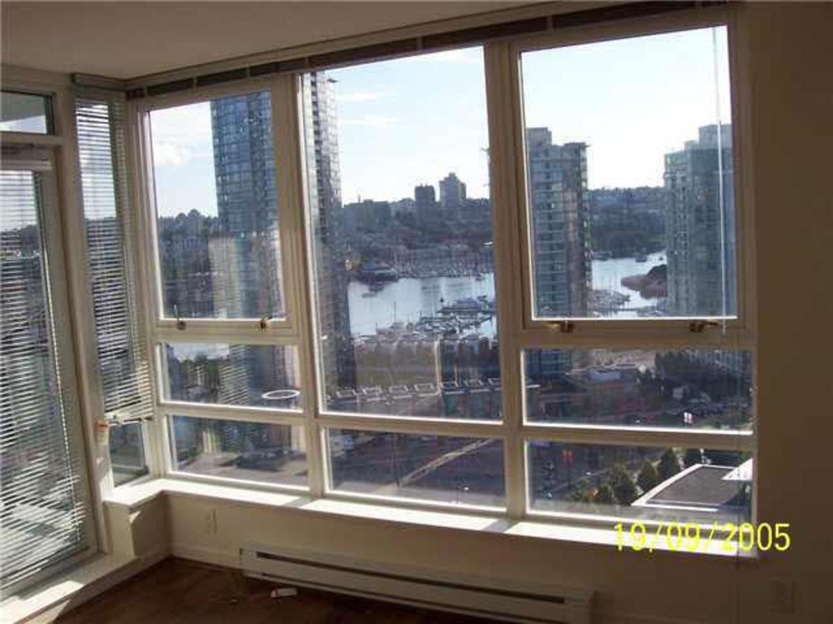 View at 2111 - 939 Expo Boulevard, Yaletown, Vancouver West