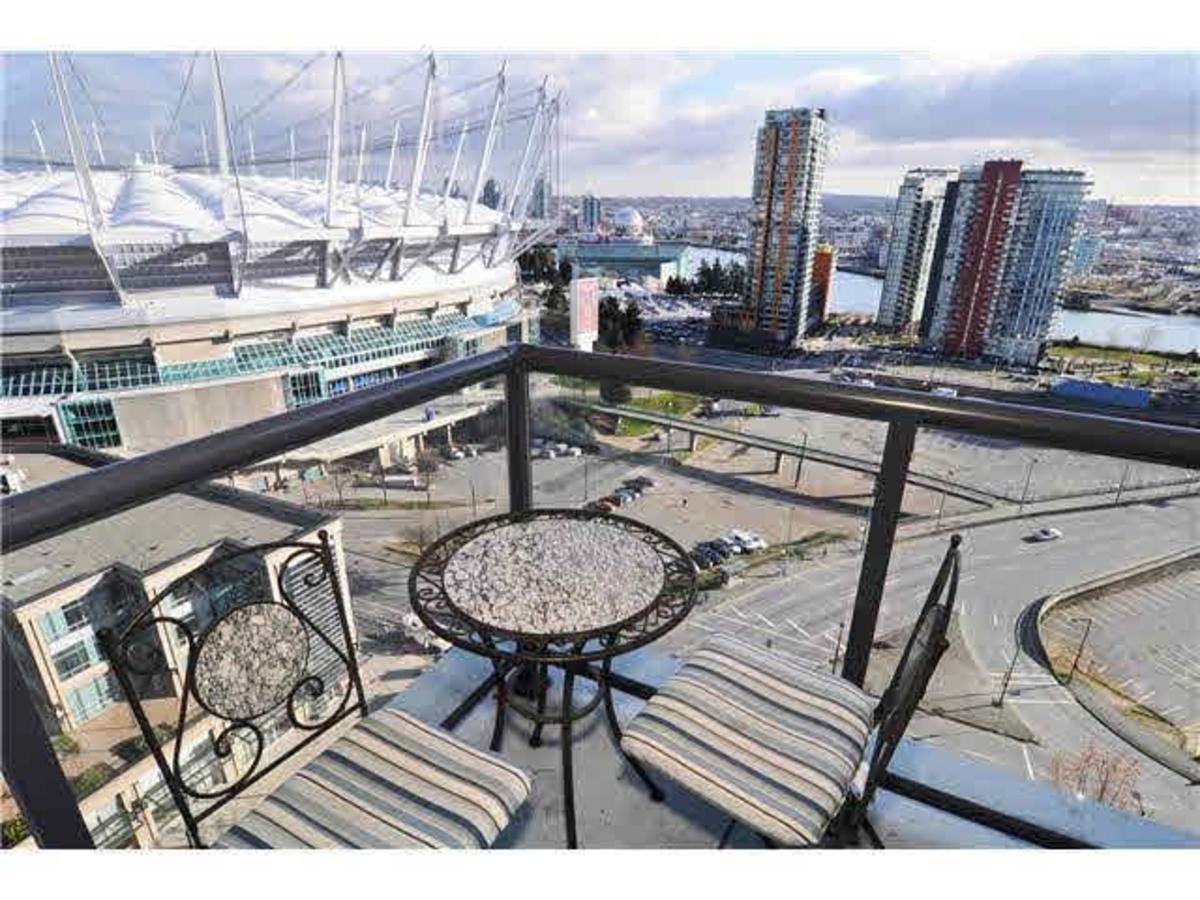Balcony at 2302 - 928 Beatty Street, Yaletown, Vancouver West