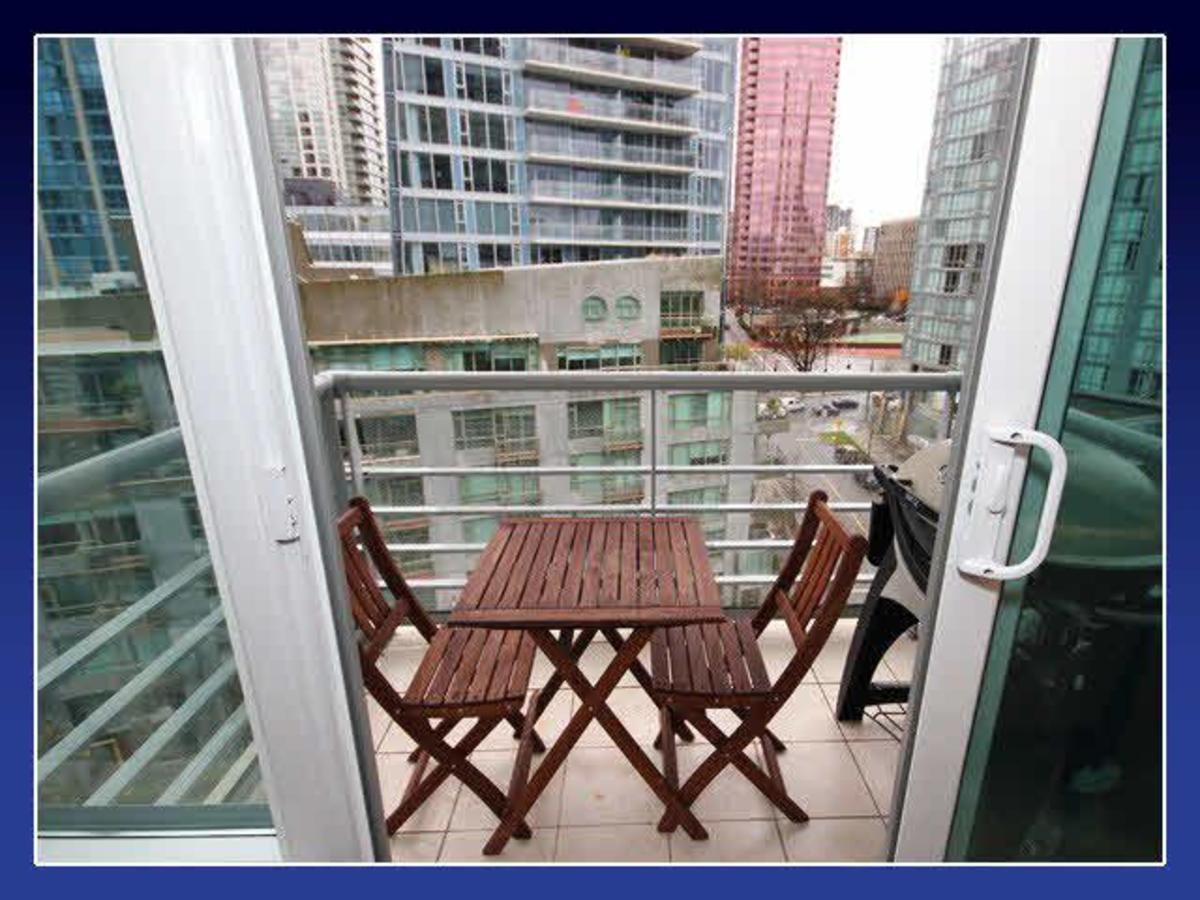 Balcony at 906 - 590 Nicola Street, Coal Harbour, Vancouver West