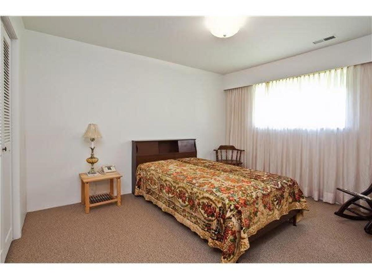 Master Bedroom at 528 W 25th Street, Upper Lonsdale, North Vancouver