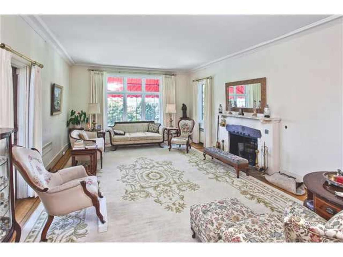 Living room at 2288 Mathers Avenue, Dundarave, West Vancouver