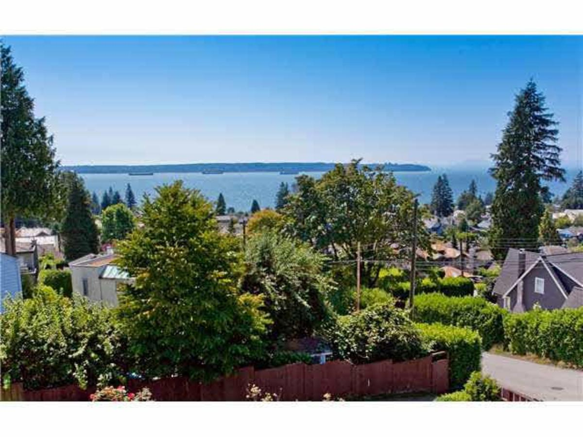 View at 2288 Mathers Avenue, Dundarave, West Vancouver