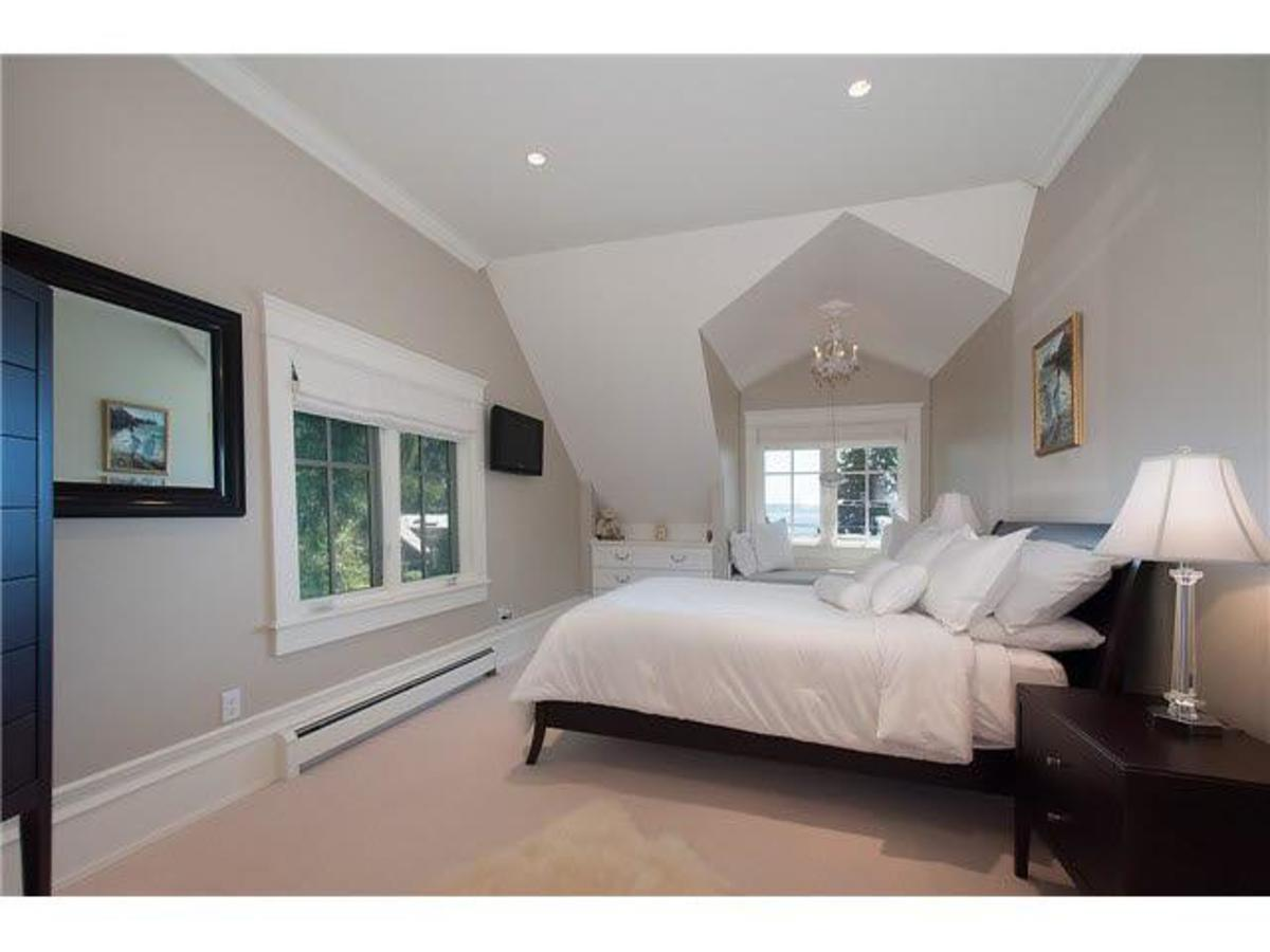 Bedroom at 4075 Rose Crescent, Sandy Cove, West Vancouver