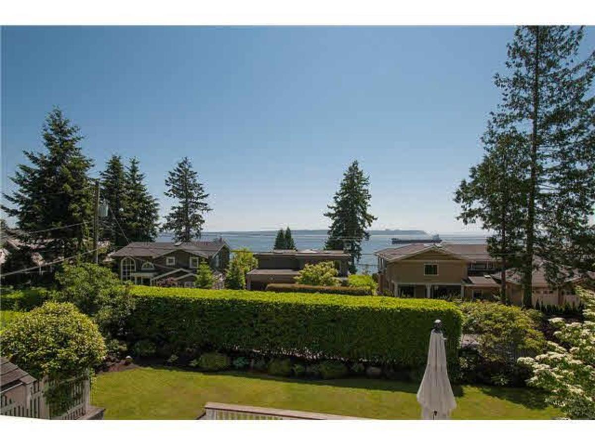 View at 4075 Rose Crescent, Sandy Cove, West Vancouver