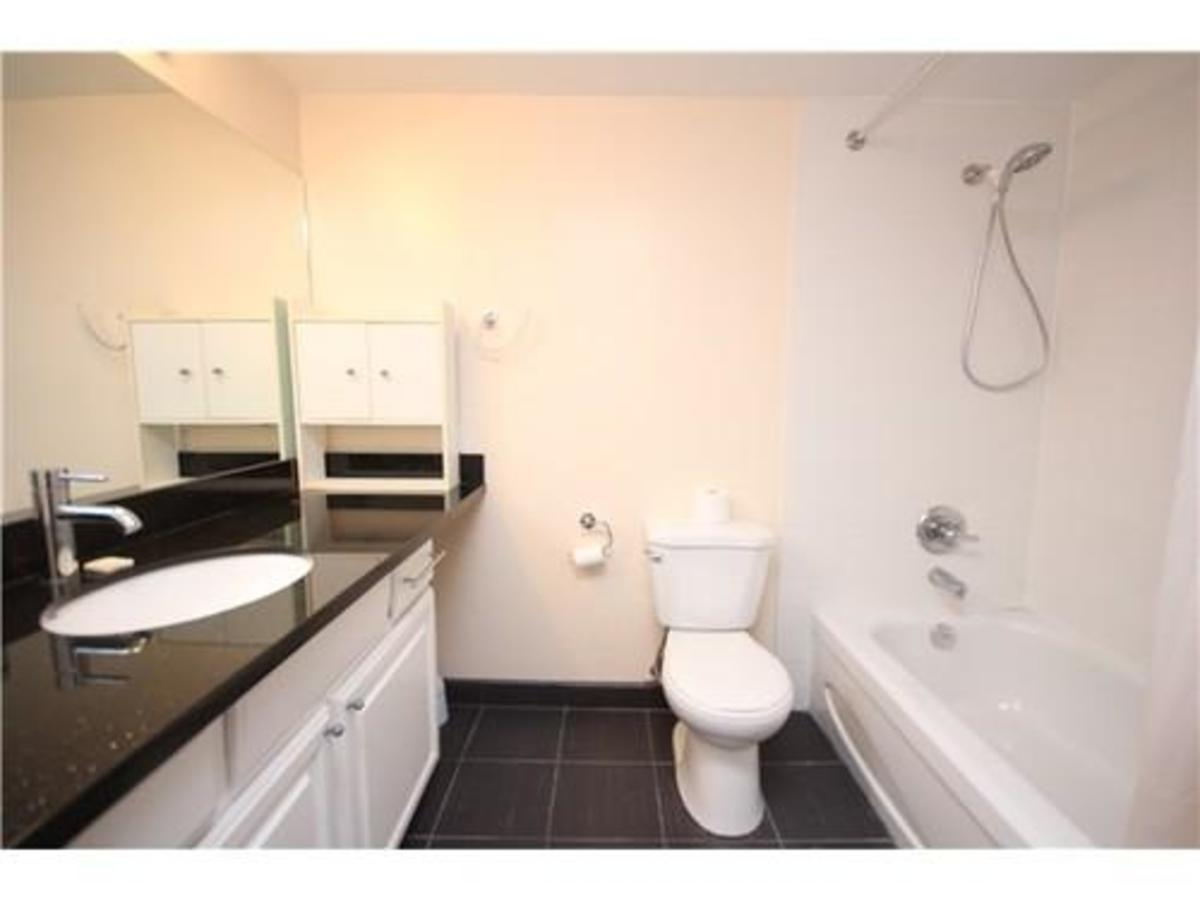 Washroom at 1506 - 5652 E Patterson Avenue, Central Park BS, Burnaby South