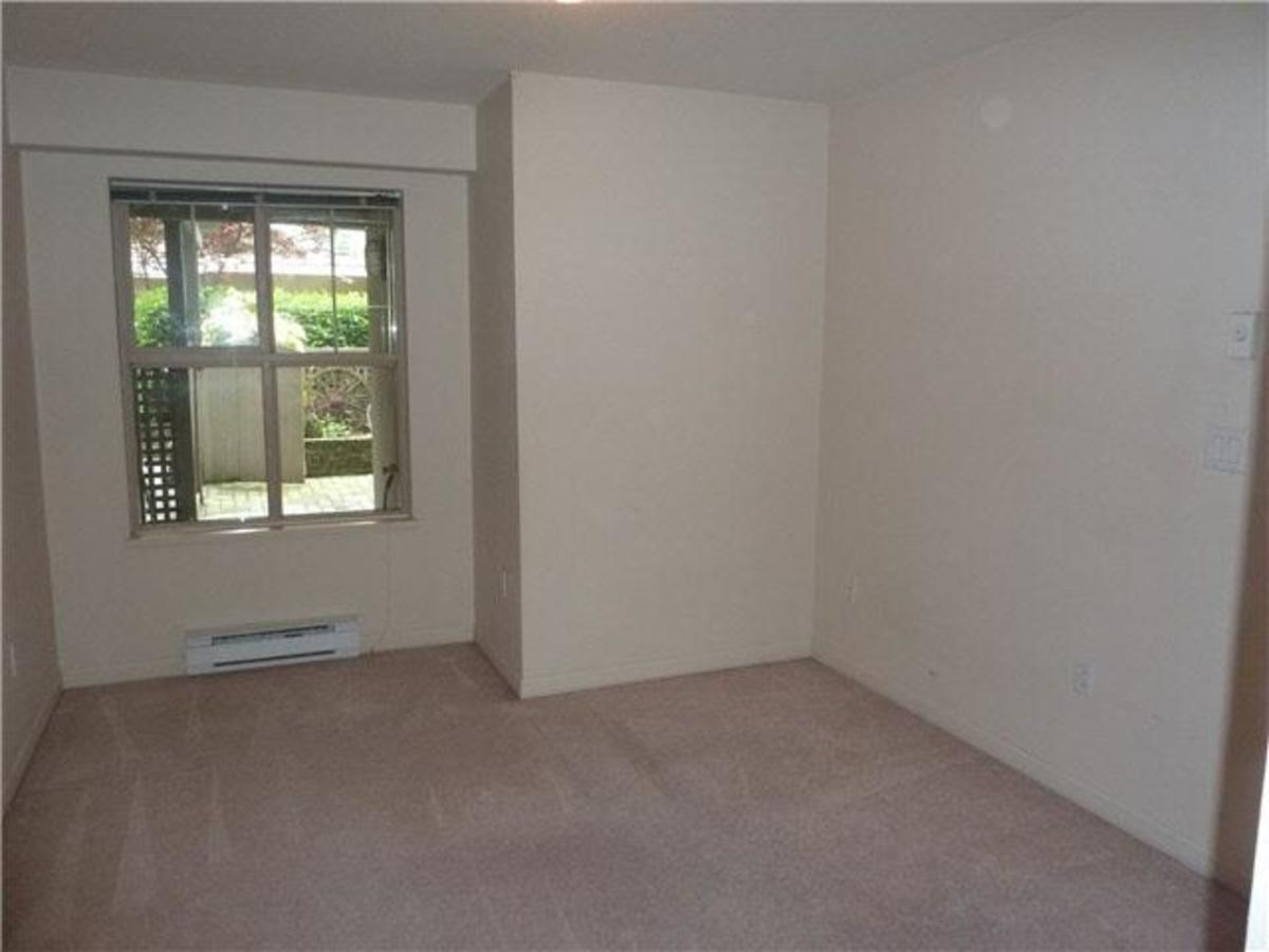 Room at C3 - 332 Lonsdale Avenue, Lower Lonsdale, North Vancouver