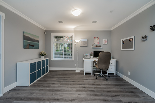 37239_20 at 21 - 193 6852, Clayton, Cloverdale