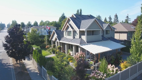 of2-2 at Oasis Fiori - 16009 13 Avenue, South Surrey White Rock