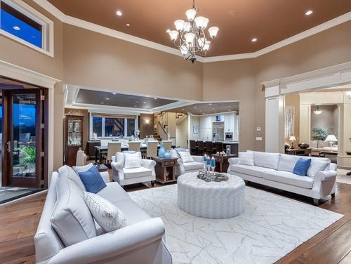 05_living-room_kitchen at 354 198 Street -  Langley,