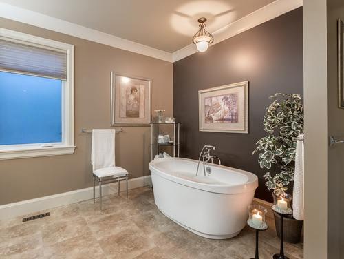 14_bathroom at 354 198 Street -  Langley,