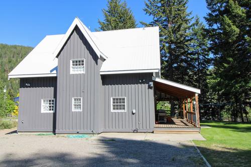 capulet-properties_otter-lake-living-cottage-and-coach-house-07 at Otter Lake Living -  Cottage And Coach House,