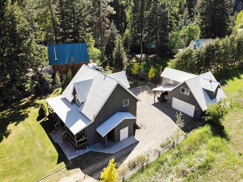 capulet-properties_otter-lake-living-cottage-and-coach-house-08 at Otter Lake Living -  Cottage And Coach House,
