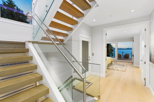18-lower-level-landing-and-floating-stairway at 14723 -  Upper Roper White Rock,