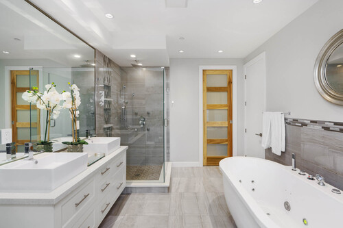 22-master-ensuite-2 at 14723 -  Upper Roper White Rock,