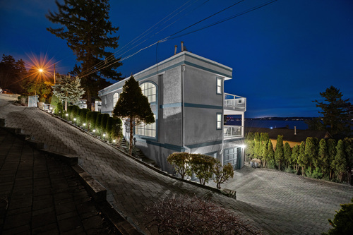 web-7 at 1289 - Everall Street White Rock,