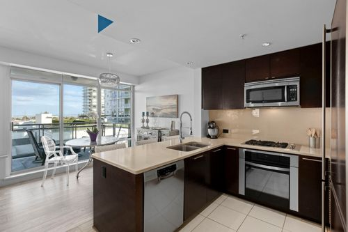 05-web at 506 - 15152 Russell Avenue,