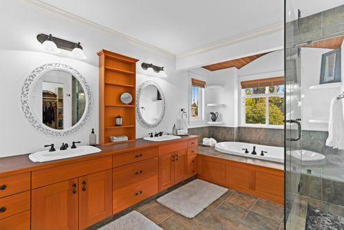 capulet-properties_15930-humberside_south-surrey-024 at 15930 Humberside Ave Surrey,