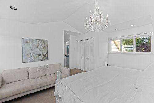 capulet-properties_15930-humberside_south-surrey-029 at 15930 Humberside Ave Surrey,