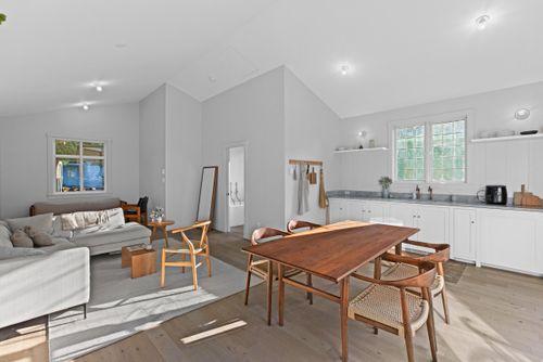 capulet-properties_15930-humberside_south-surrey-032 at 15930 Humberside Ave Surrey,