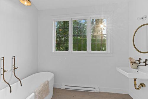 capulet-properties_15930-humberside_south-surrey-034 at 15930 Humberside Ave Surrey,