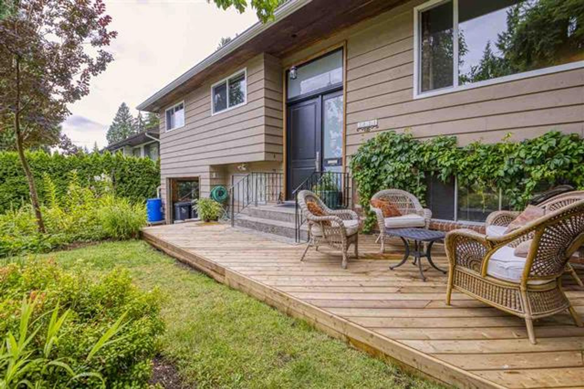 2821 William Avenue, Lynn Valley, North Vancouver photo number 1