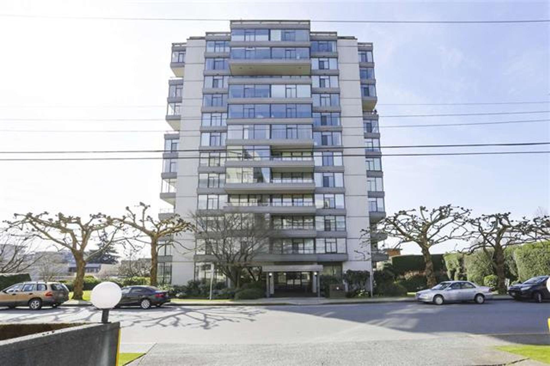 116 - 1480 Duchess Avenue, Ambleside, West Vancouver photo number 1