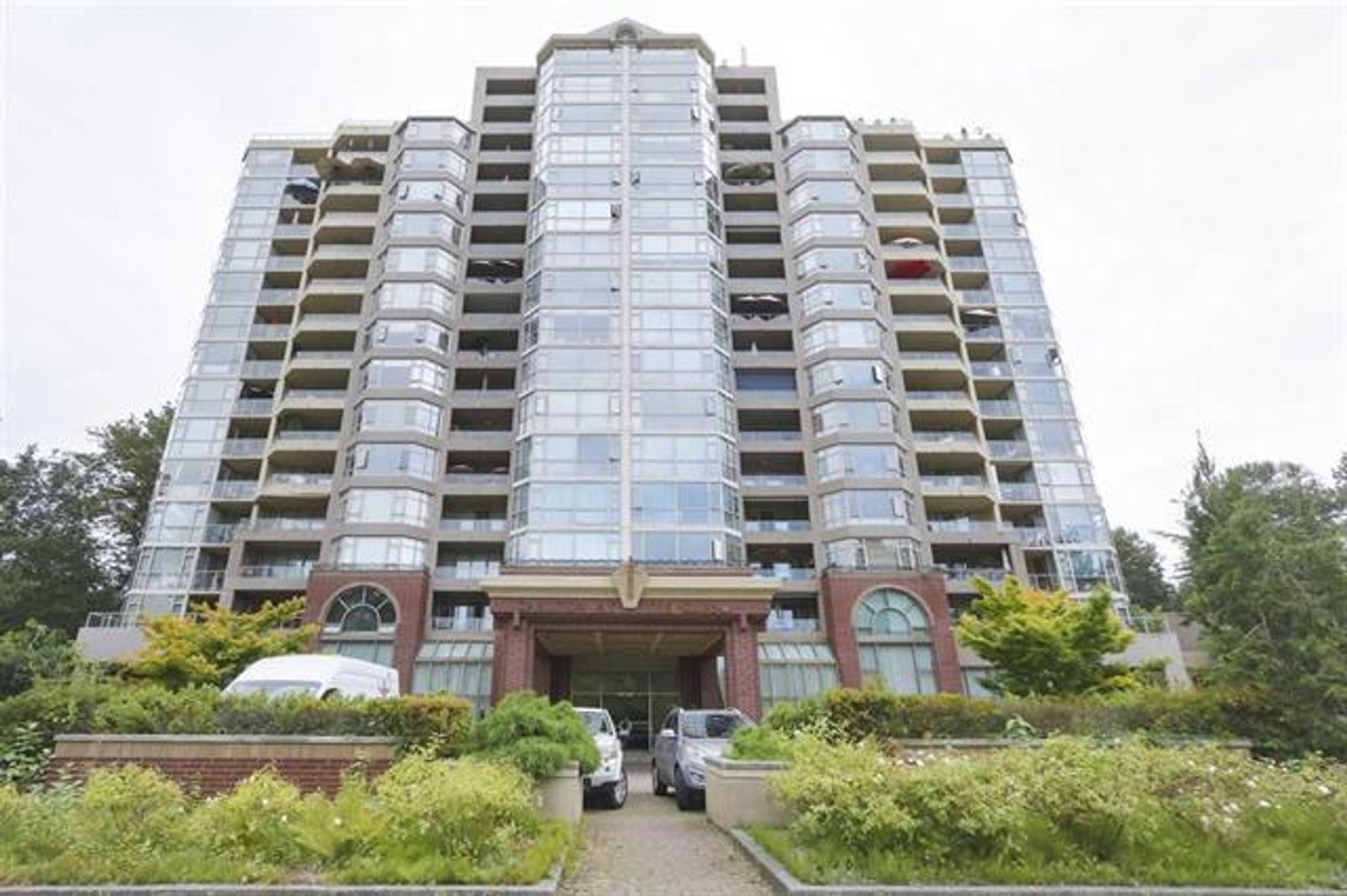 412 - 1327 E Keith Road, Lynnmour, North Vancouver photo number 1