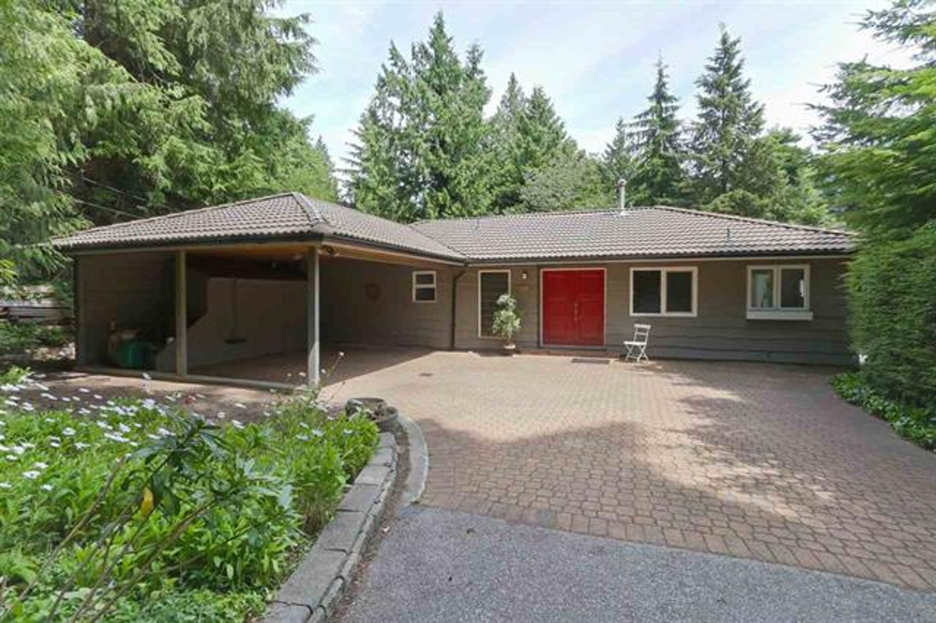 6260 St. Georges Avenue, Gleneagles, West Vancouver photo number 1