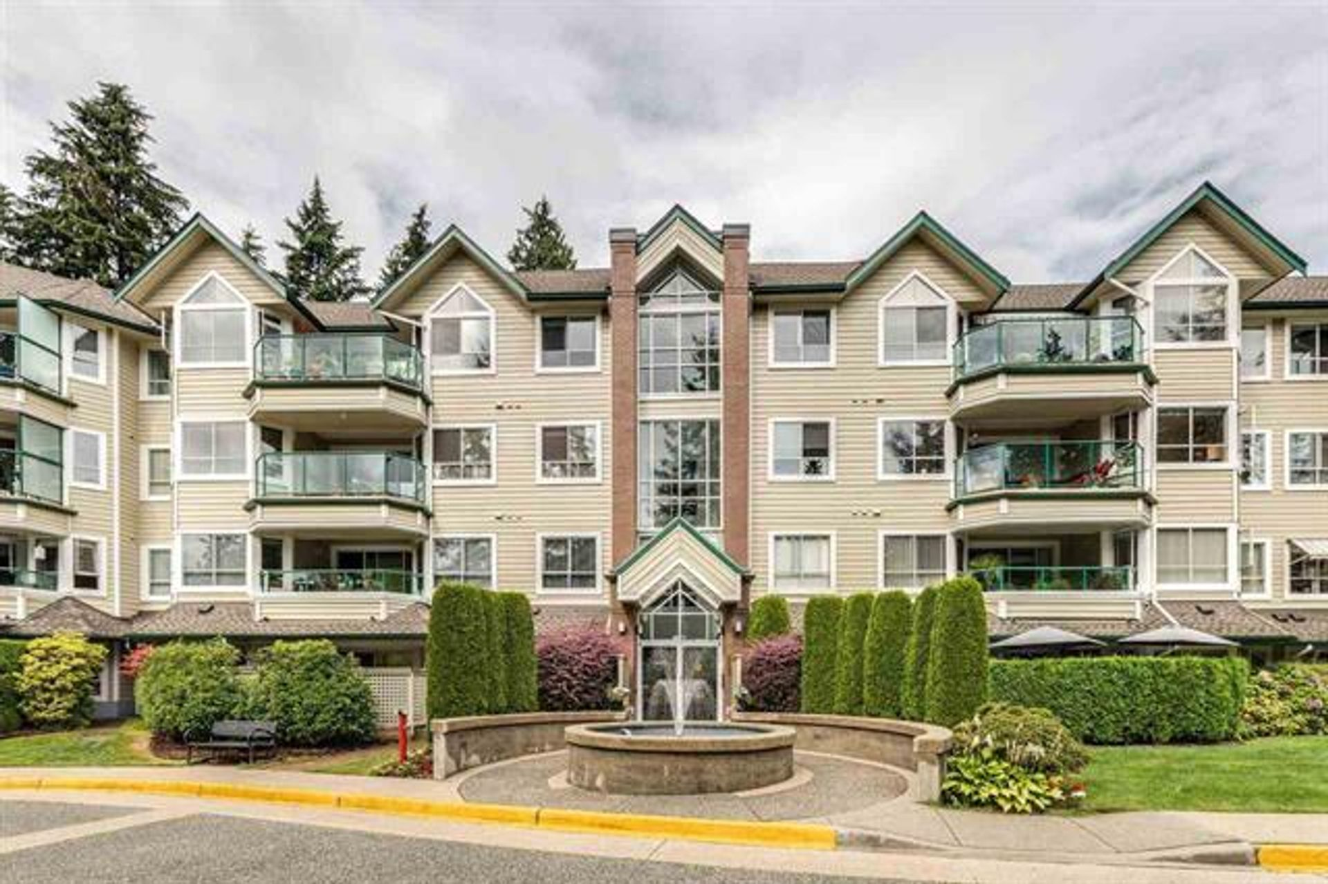 402 - 3680 Banff Court, Northlands, North Vancouver photo number 1