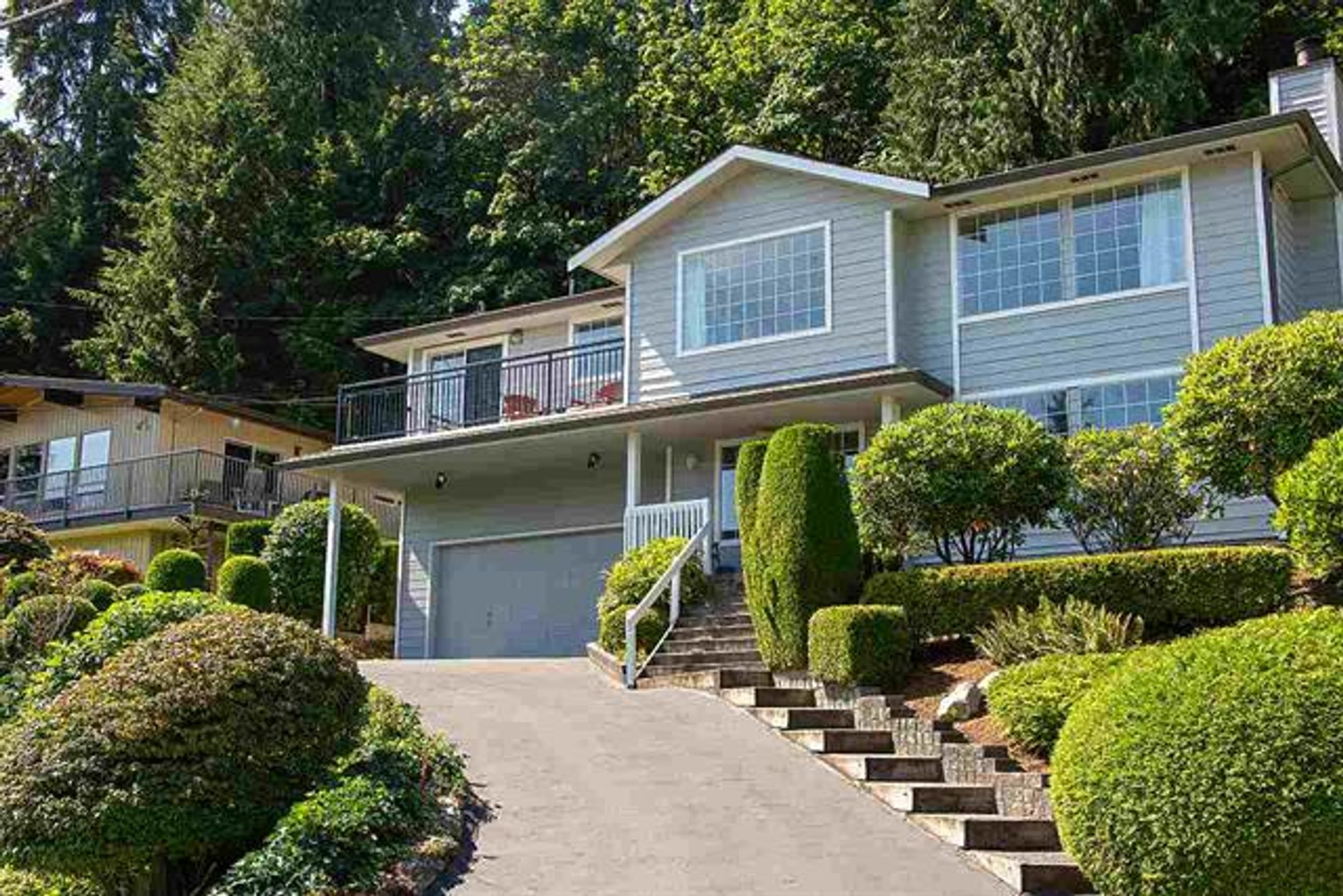 1857 Cliffwood Road, Deep Cove, North Vancouver photo number 1