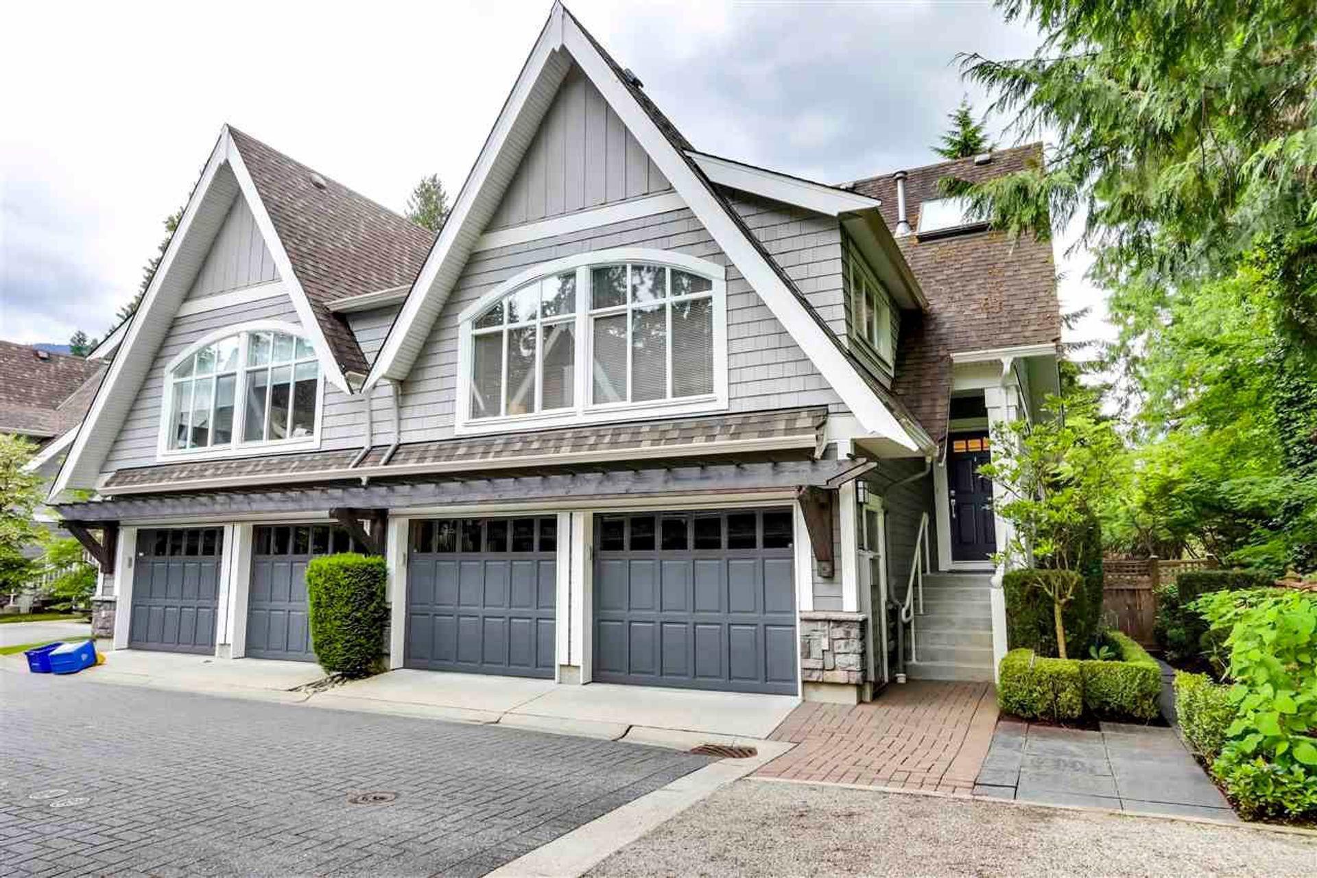 3769 Edgemont Boulevard, Edgemont, North Vancouver photo number 1