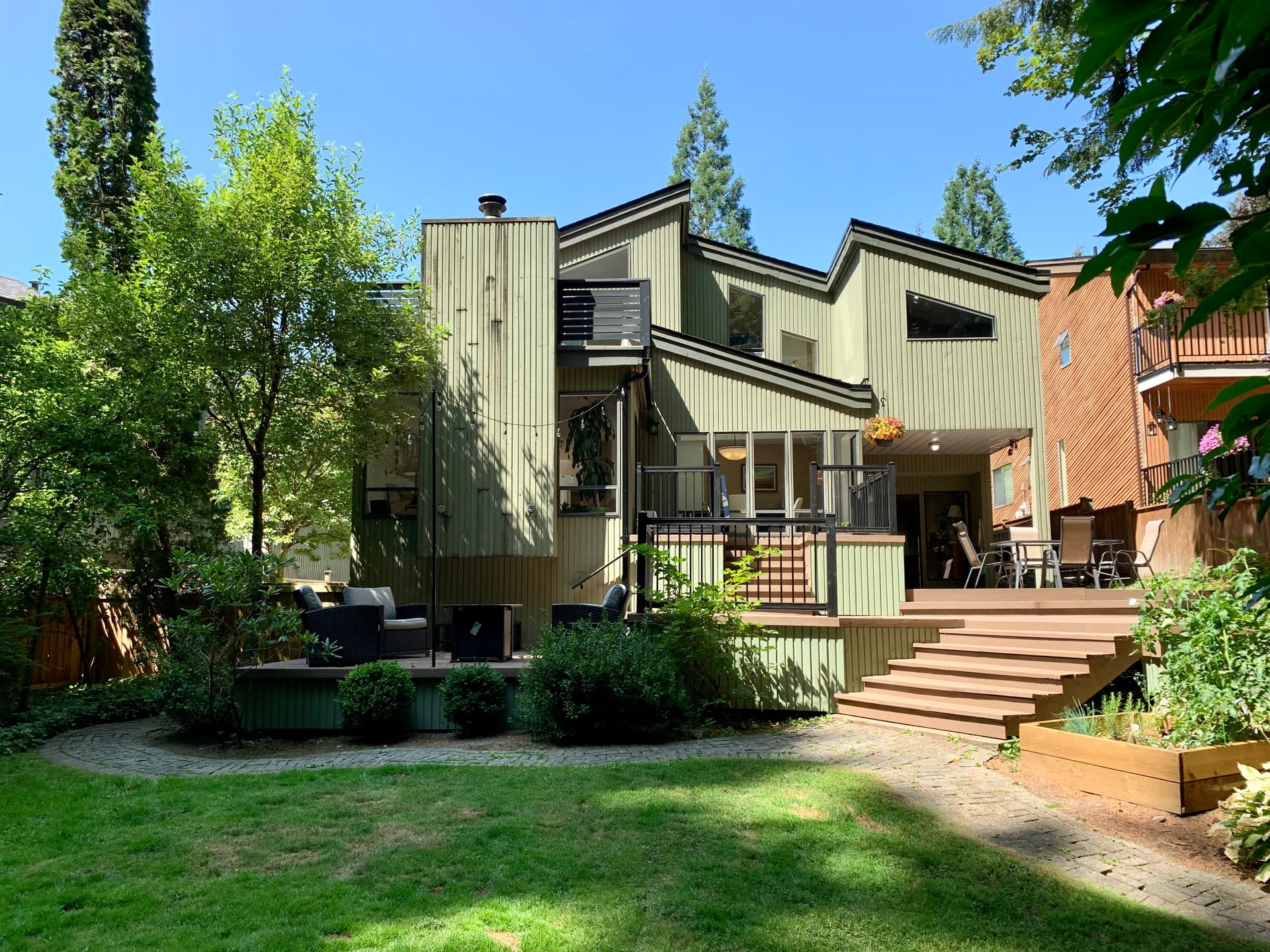 1065 Blue Grouse Way, Grouse Woods, North Vancouver photo number 1