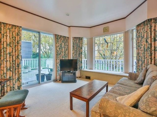 262148671-6 at 2540 Wallace Crescent , Point Grey, Vancouver West