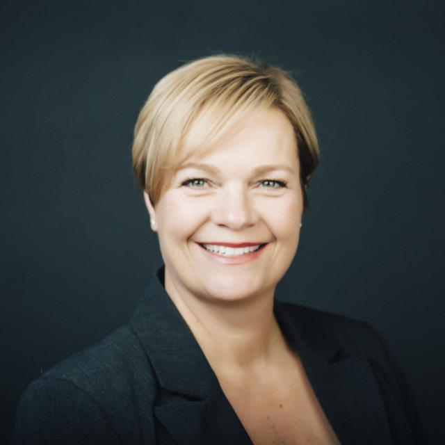 Kim Knutson