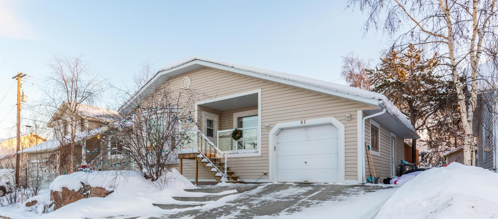 41 England Crescent, Frame Lake South, Yellowknife 2