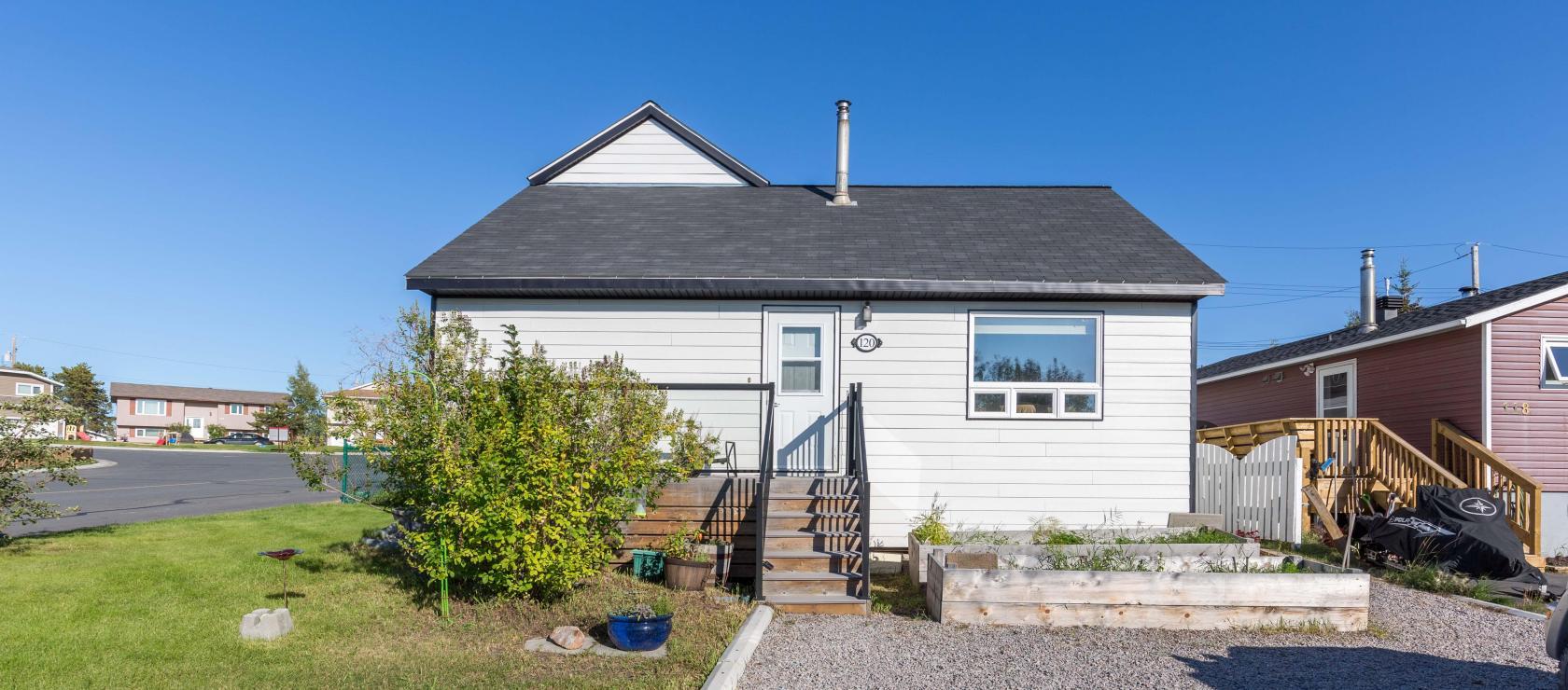 120 Knutsen Avenue, Frame Lake South, Yellowknife 2