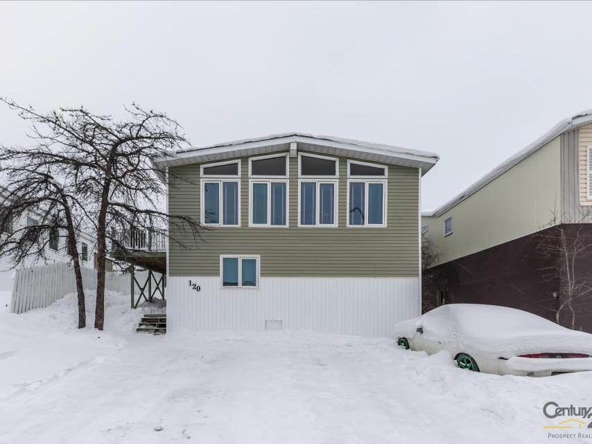 120 Borden Drive, Range Lake, Yellowknife