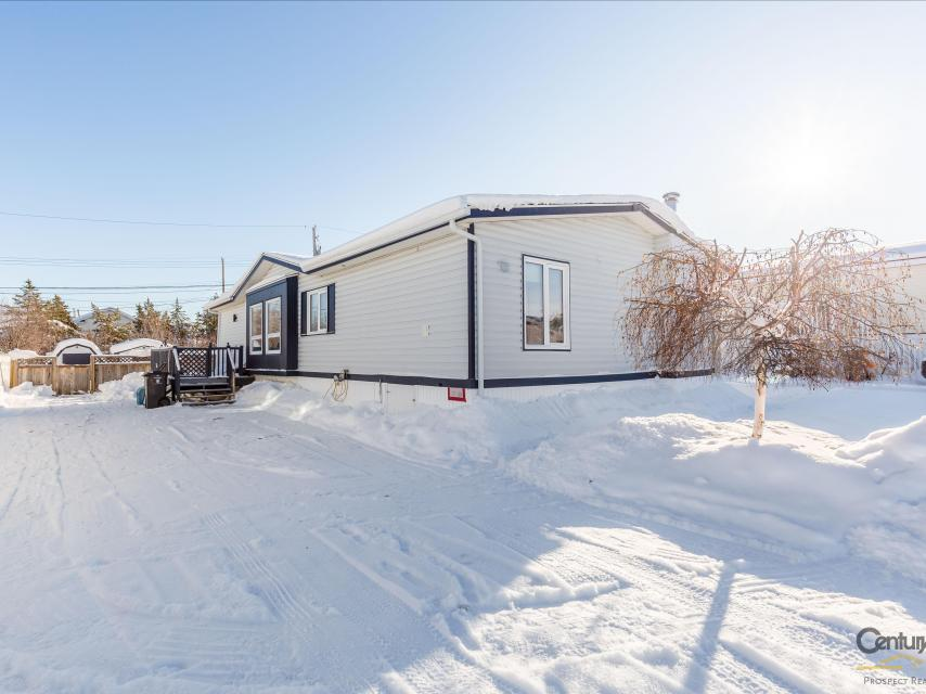 16 Mandeville Drive, Frame Lake South, Yellowknife