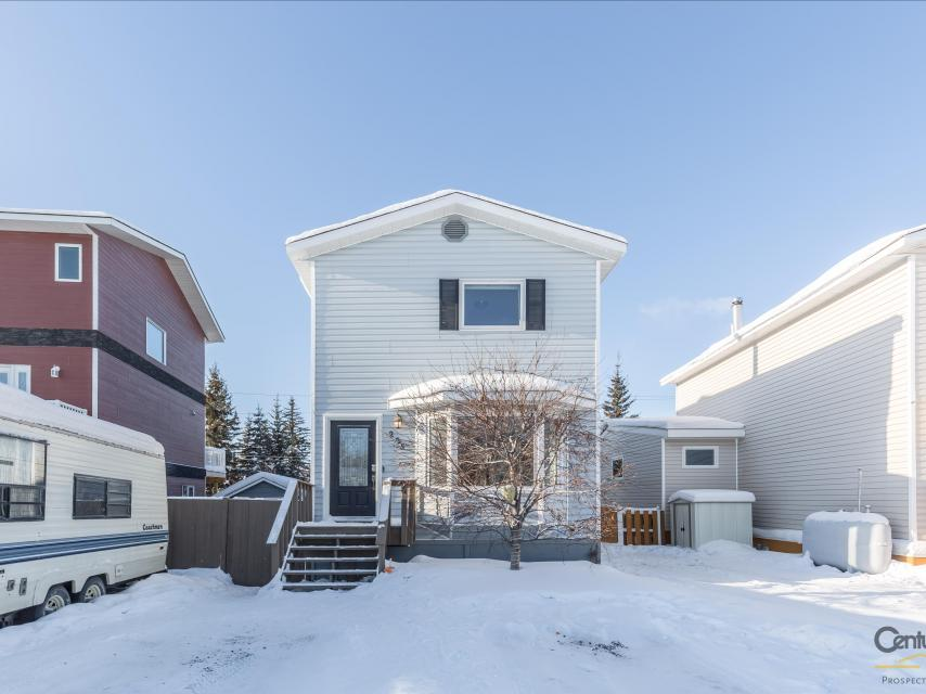 225 Borden Drive, Range Lake, Yellowknife
