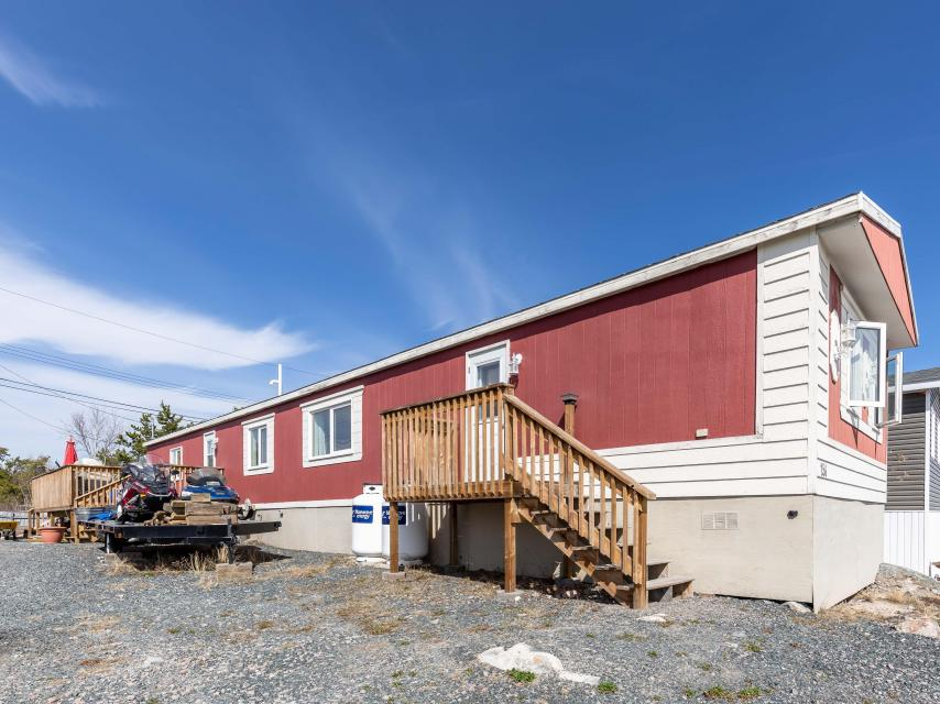 156 Borden Drive, Frame Lake South, Yellowknife