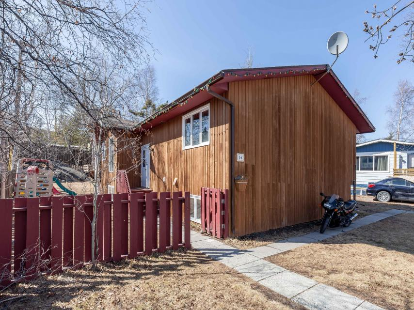 16 Taylor Road, Forrest Park, Yellowknife