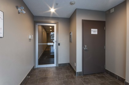 13-building-entrance at 102 - 4854 School Draw Avenue, Yellowknife