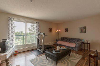 312-5600-52nd-avenue-3 at 312 - 5600 52 Avenue, Downtown, Yellowknife